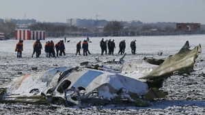 Flydubai Boeing 737 crashes in Southern Russia few meters of the runway killing 62 people on board